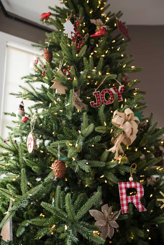 Treetopia Christmas tree with farmhouse decor vertical
