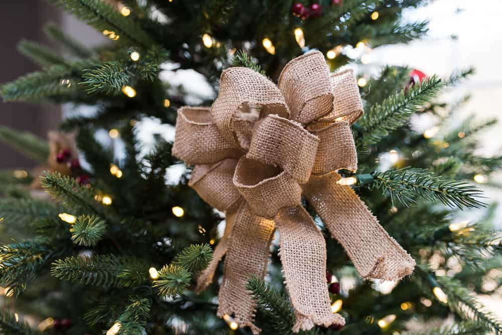 burlap bow farmhouse christmas decor