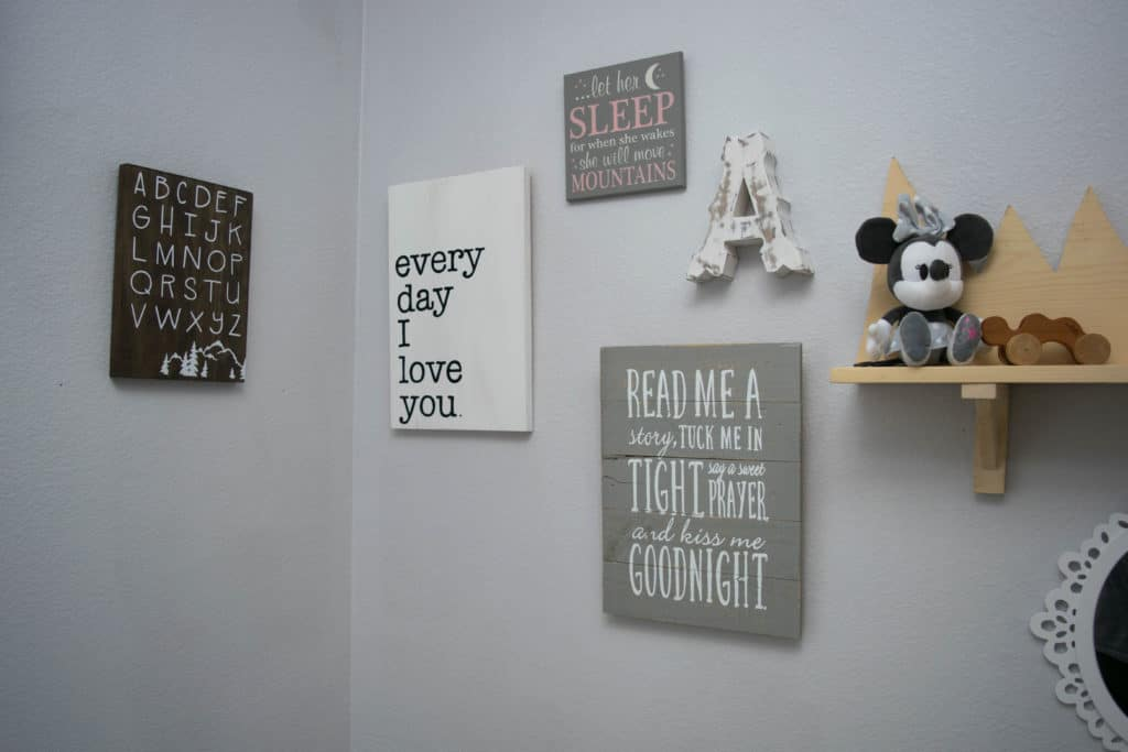 Wooden signs in baby decor