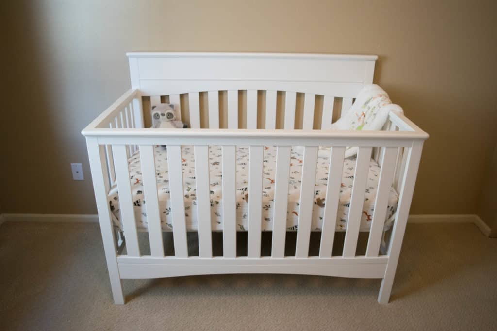 Delta Children Skylar 4-in-1 crib