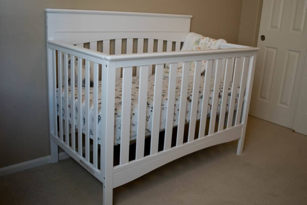 Colorado lifestyle blogger, Amanda Seghetti, shares How to Easily Assemble a Baby Crib! Check it out now and get your crib together!