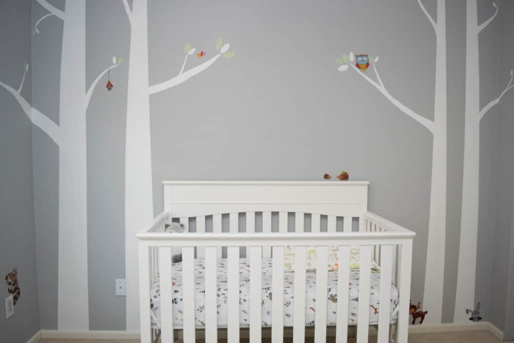 Colorado lifestyle blogger, Amanda Seghetti, shares how to create a DIY Woodland Baby Nursery! Check it out now and see how to decorate the room!