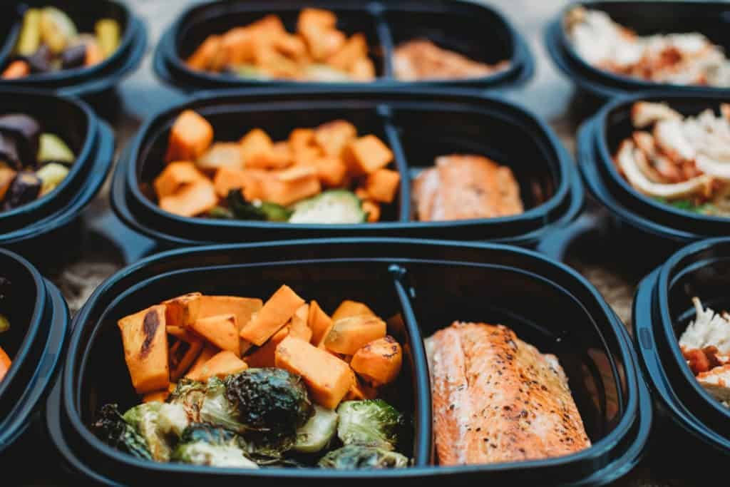 paleo meal prep  | Colorado lifestyle blogger, Amanda Seghetti shares the best Easy Meal Prep for Busy Moms! Check it out now and see what recipes you need!