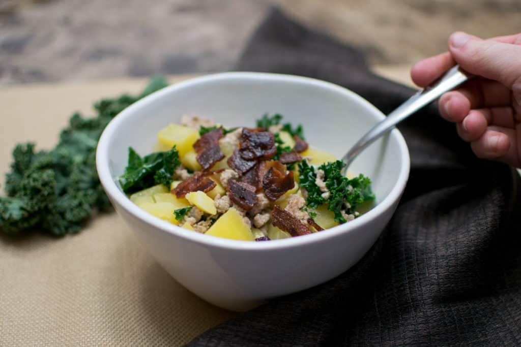Paleo zuppa toscana - whole30 compliant recipe | Amanda Seghetti