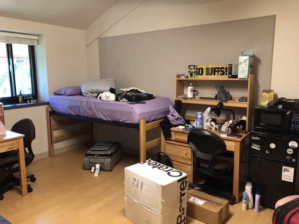 college dorm room in university of colorado boulder