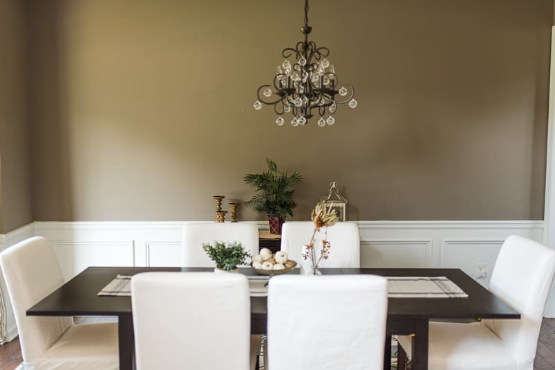 farmhouse dining room fall tablescape