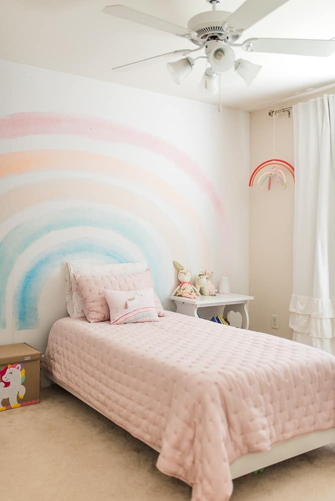 little girls pink bedroom makeover