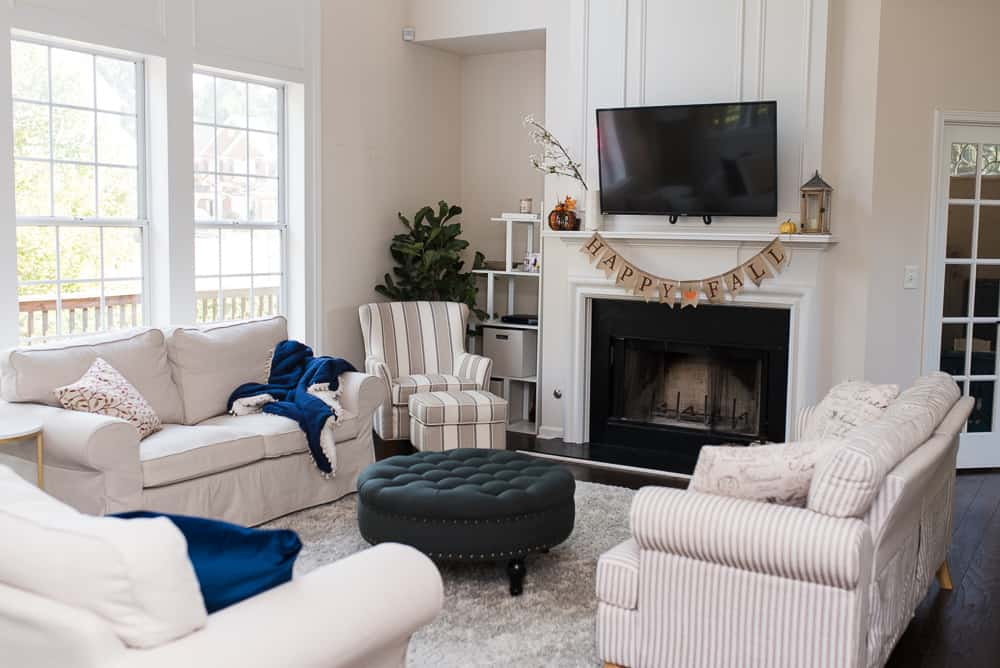 Corner view of neutral living room