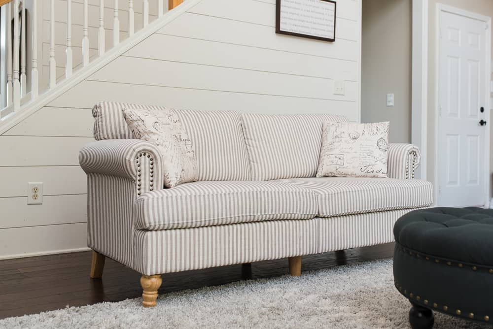Lifestyle blogger Amanda Seghetti shares new Dorel Living Vonn sofa