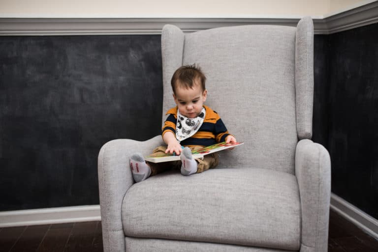 How to Encourage Reading with Toddlers and Babies