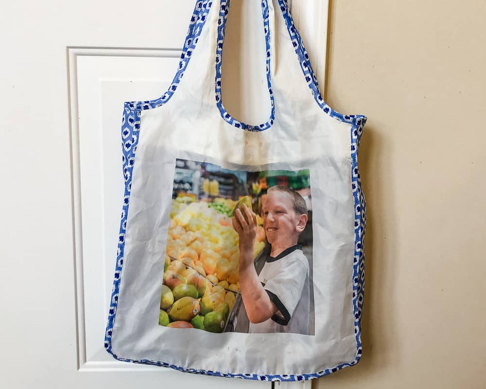 reusable shopping bag with photo of grandchildren best gifts for moms