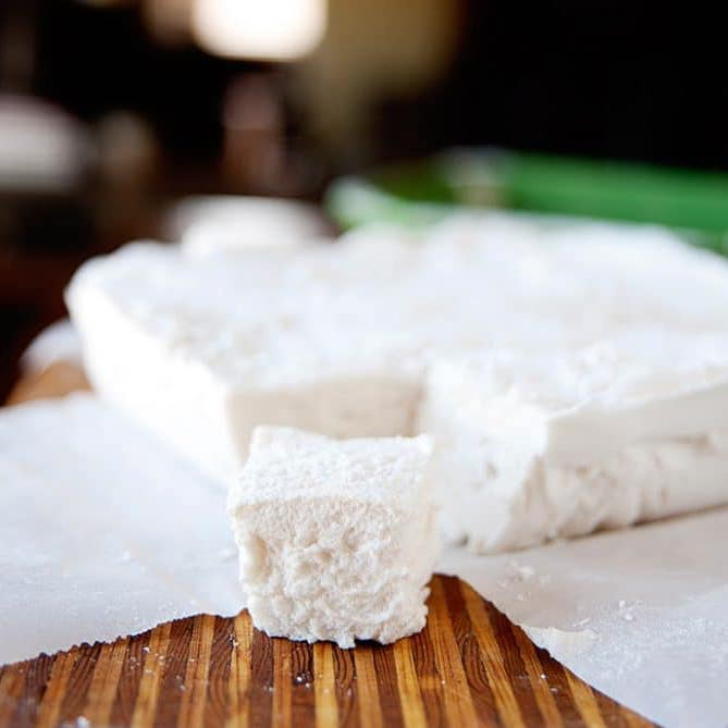 Homemade marshmallows made with no corn syrup or artificial sweeteners.