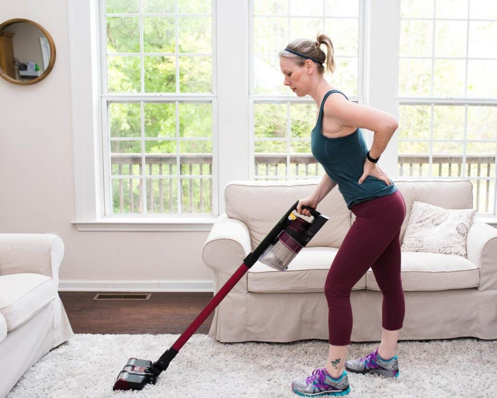 back-pain-when-vacuuming