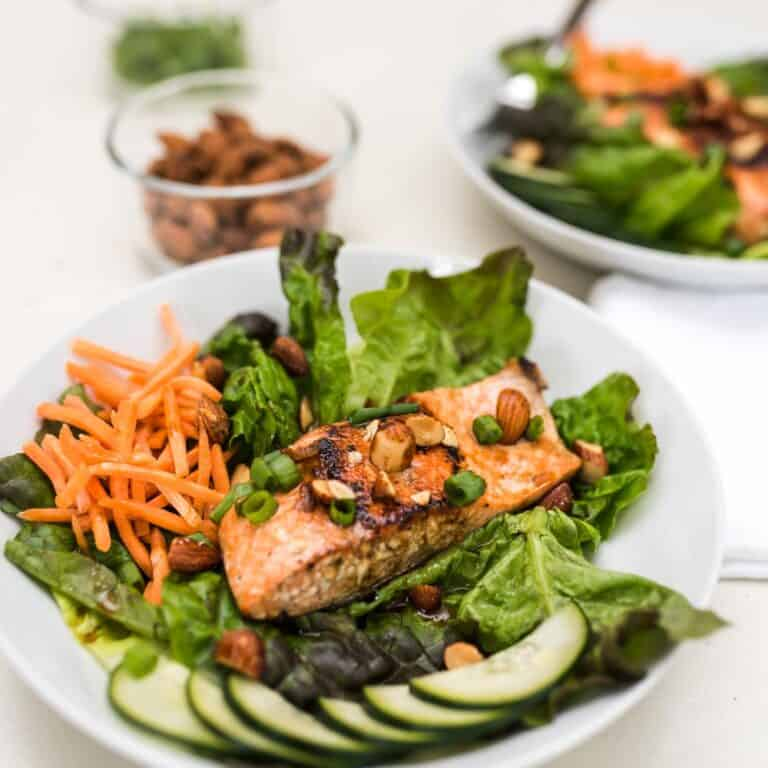 Salmon Salad with Asian Dressing and Sriracha Almonds [Low Carb Recipe]