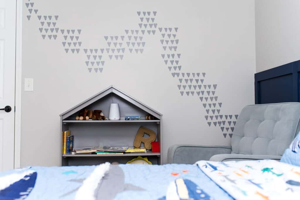 shark tooth stencil wall