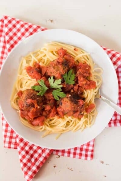Vegetarian spaghetti and meatballs