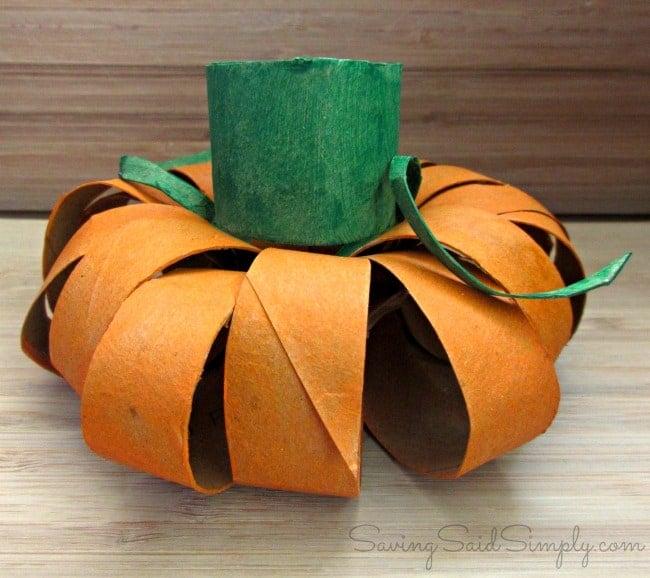 toilet paper roll pumpkin halloween