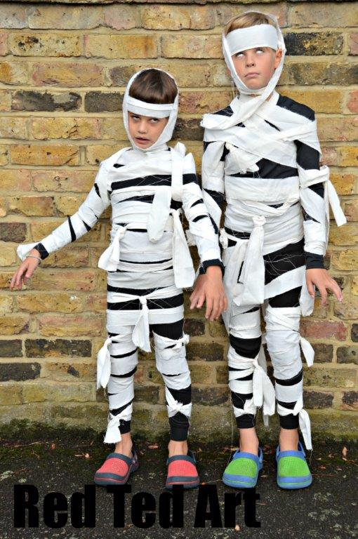 Easy Halloween Costumes - Amanda Seghetti