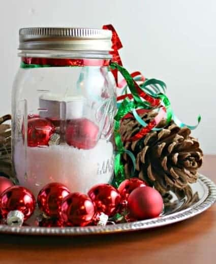 easy last minute christmas decor - Amanda Seghetti