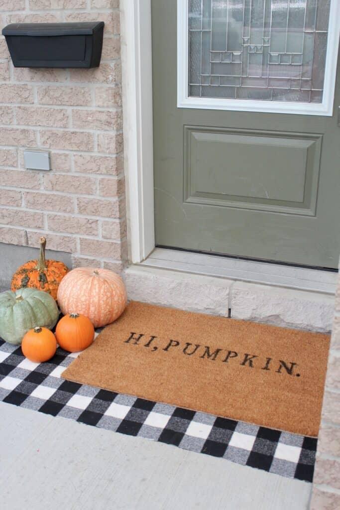 how to custom doormat DIY - Amanda Seghetti