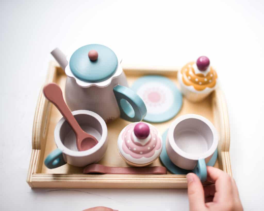 Bloomingville tea set from Scandiborn