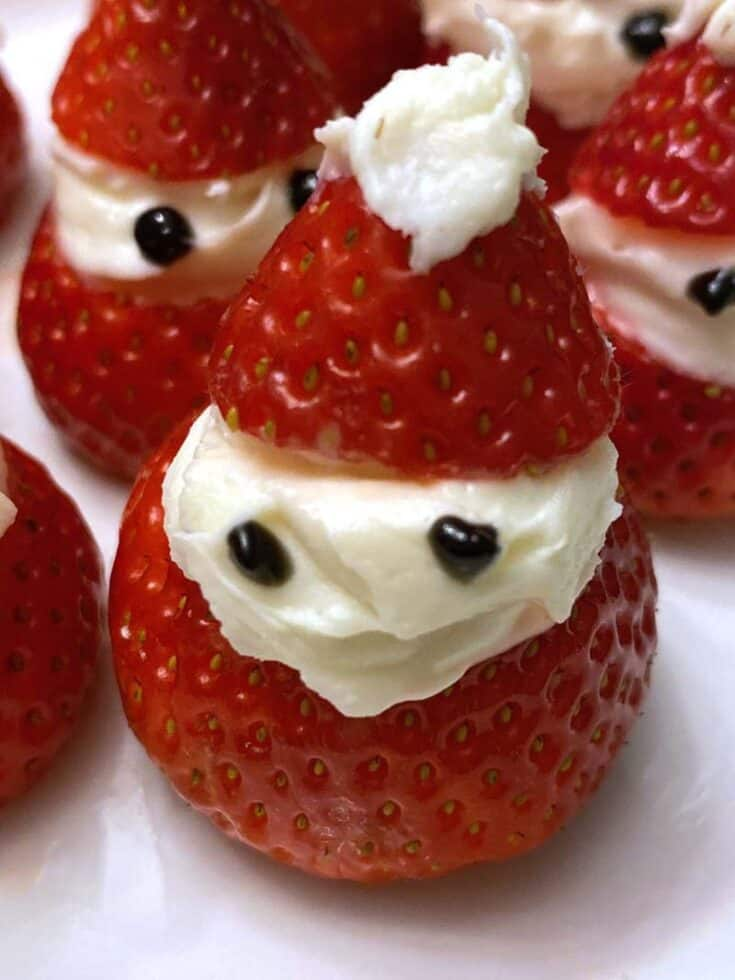 strawberry santa hats easy - Amanda Seghetti