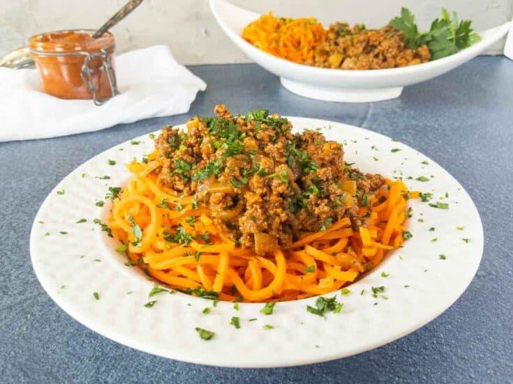 carrot noodles harissa beef recipe - Amanda Seghetti