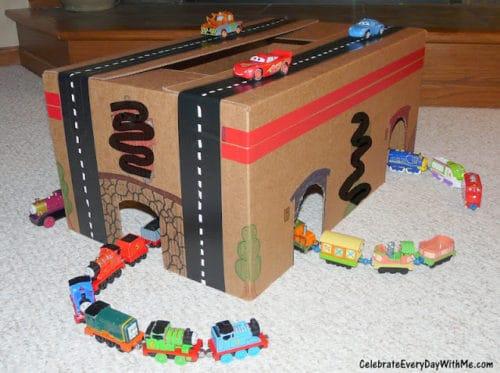 diy for train loving car racing kid 500x373 1 - Amanda Seghetti
