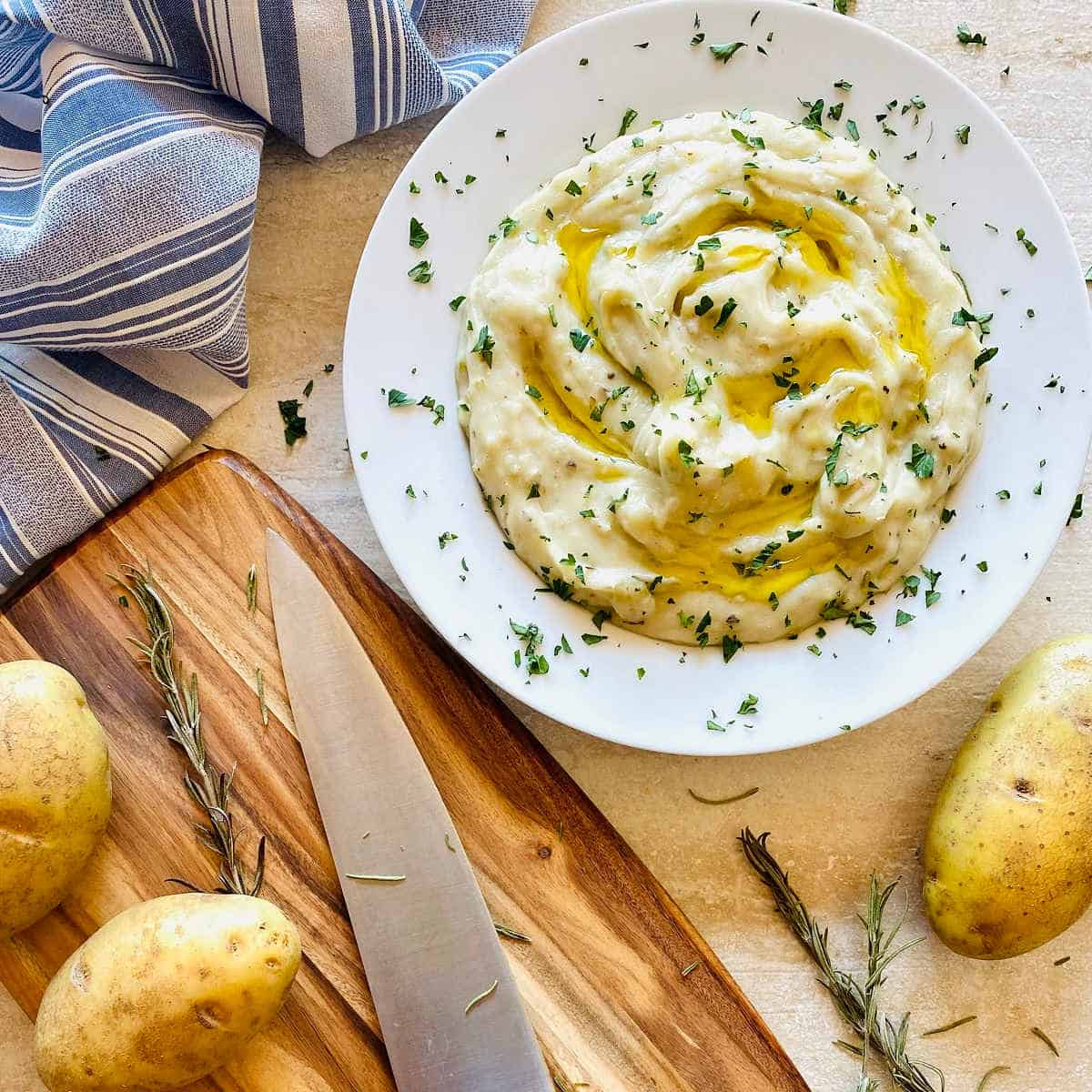 whole30 mashed potatoes almond milk - Amanda Seghetti