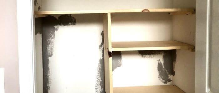 DIY small Closet Shevling - Amanda Seghetti