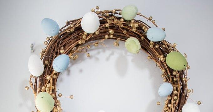Easter Egg Wreath FB - Amanda Seghetti