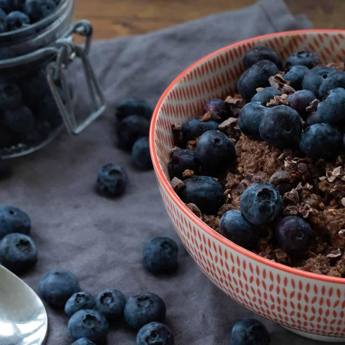chocolate oatmeal SQUARE 1200 1 - Amanda Seghetti