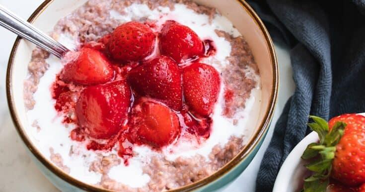 strawberries and cream porridge 1200x630 1 - Amanda Seghetti
