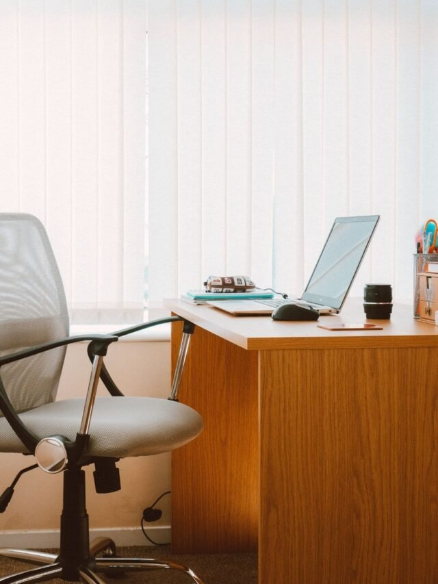 Desk Exercises You Can Do At Work