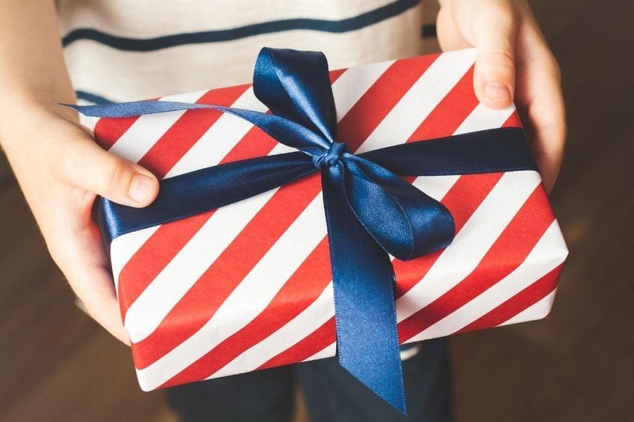 14 year old birthday gift ideas - Amanda Seghetti